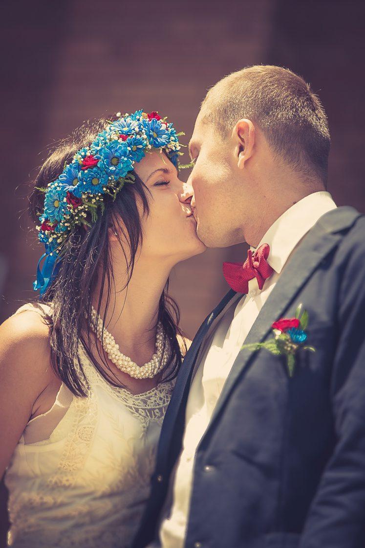 Odjechani rok po ślubie